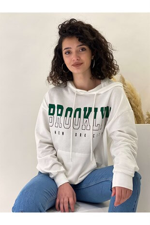 Beyaz Brooklyn Sweatshirt